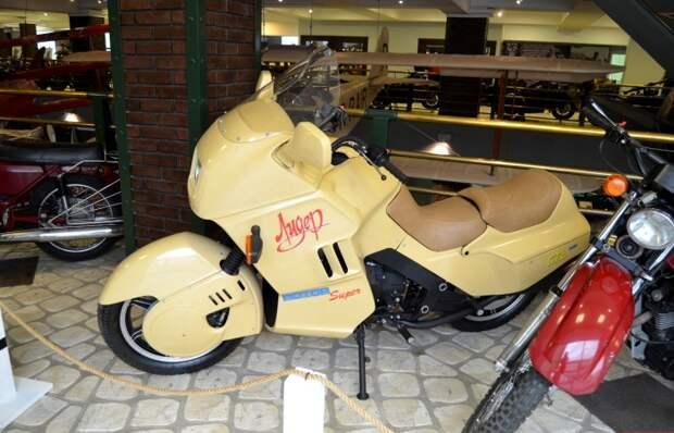-10 «Пятёрка» концептов мотоциклов из СССР, которые не получили билет в жизнь