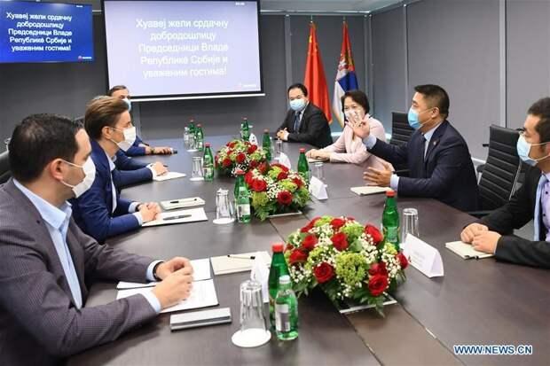 Вопреки Трампу: Сербия открыла центр китайского гиганта Huawei