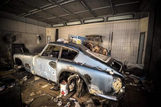 В таком вот унылом виде XK140 Michelotto обнаружили в гараже Роже Скепенса Jaguar XK140, jaguar, авто, автомобили, находка, олдтаймер, ретро авто