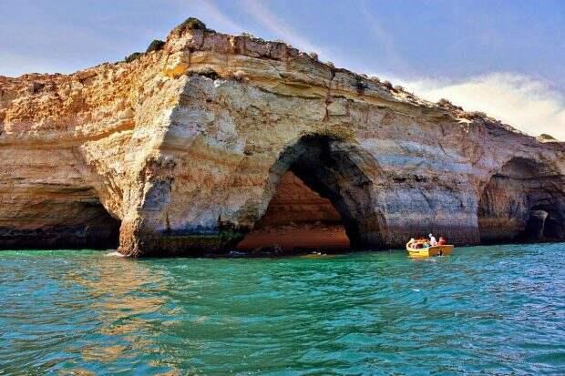 Пещера Бенагил, Португалия