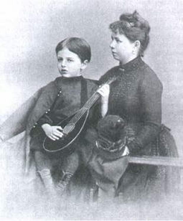 Жена Николая Ольга стала приёмной матерью Жоржа.