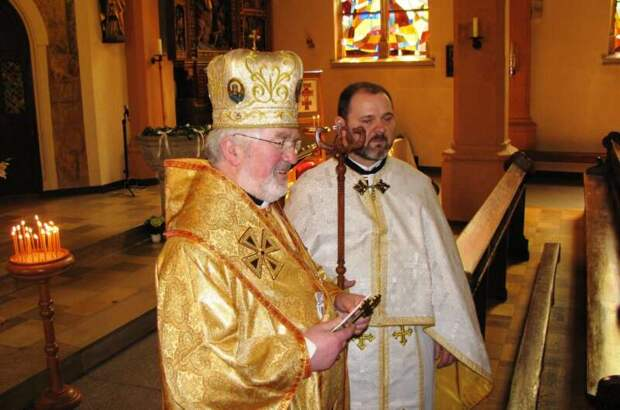 Епископ УГКЦ всех небандеровцев назвал отбросами