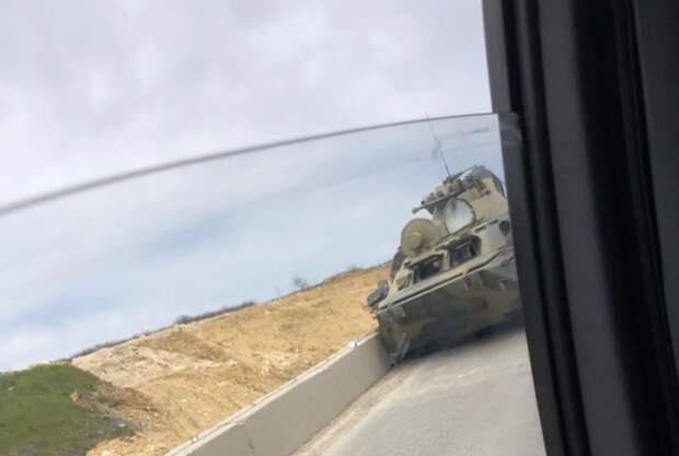 Две аварии с участием БТР произошли в Севастополе