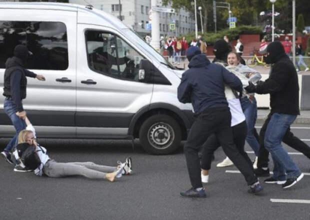 В Минске на «Марше героев» задержали 400 протестующих