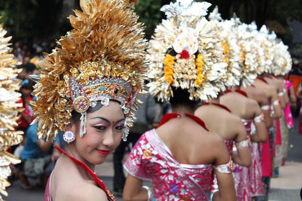 105 10 удивительных свадебных традиций мира