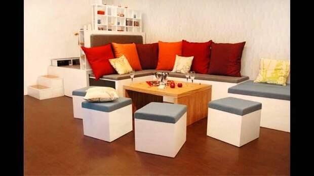 Вся эта мебель умещается в один компактный блок. /Фото: i.ytimg.com