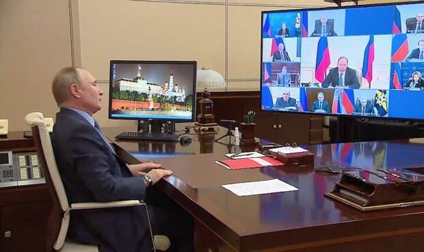 Путин требует привести доходы учёных в соответствие с «Майскими указами»