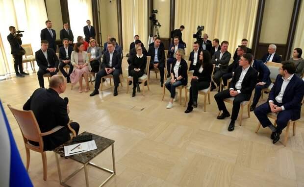 На встрече с Путиным предприниматели впали в истерику