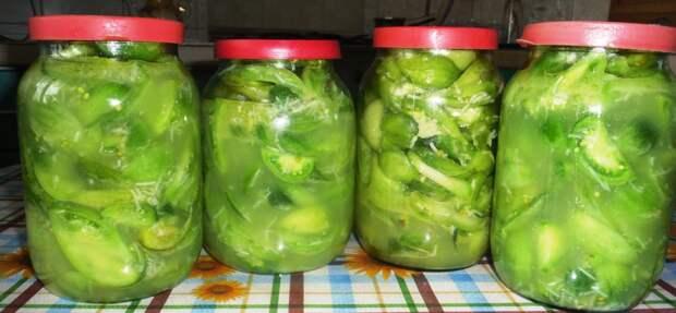 Салат из зеленых помидоров и чеснока на зиму