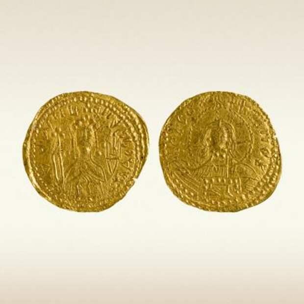 Златник, 988 год. Князь Владимир Святославич, Киев