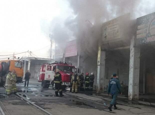 Крупный пожар на продуктовом складе в Новосибирске