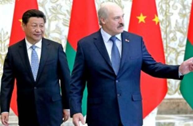 Лукашенко надеется столкнуть Россию с Китаем