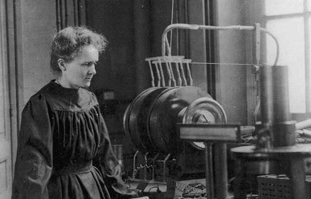 Мария Кюри в лаборатории. Фото: rsc.org