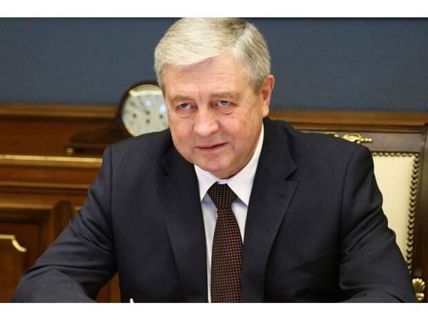 Лукашенко «отжал» у России банк. Россия снова его простит?