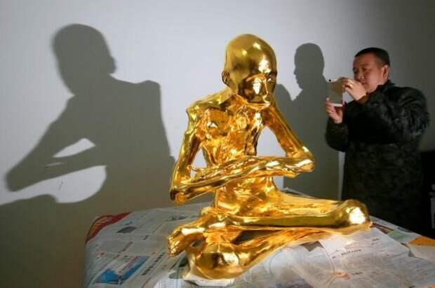 Если нию-цзё достигнуто, то счастливца могут и в золото упаковать в знак глубоко почтения