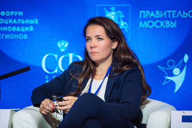 Анастасия Ракова поздравила медработников с профессиональным праздником