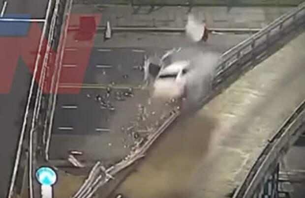 Водитель чудом выжил в ДТП на скорости 170 км/ч