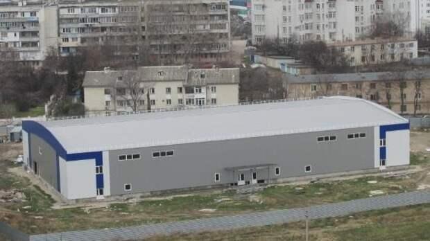 Недостроенный ледовый дворец в Севастополе снесут и построят новый