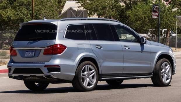 Mercedes-Benz GL ожидает раннее обновление