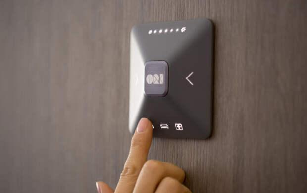Управление осуществляется за счет маленькой консоли или мобильного приложения. /Фото: cdn.apartmenttherapy.info
