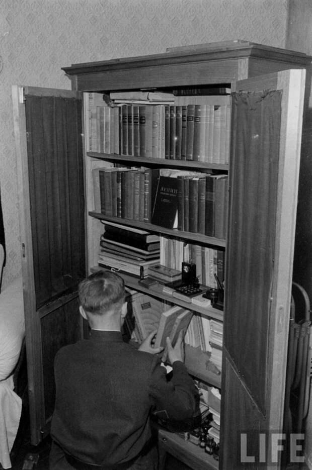 Как проходила жизнь рабочего вСССР 50-х