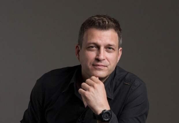 Евгений Воловенко утверждает, что актером ему помогла стать случайность