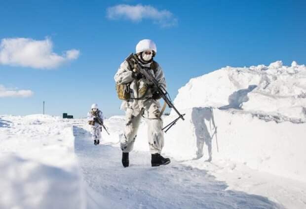 Удар из ниоткуда: западные СМИ предостерегли Россию о готовящейся войне с Британией в Арктике
