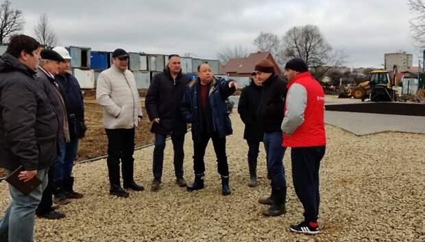 Территорию строящейся школы в Климовске планируют благоустроить к концу ноября
