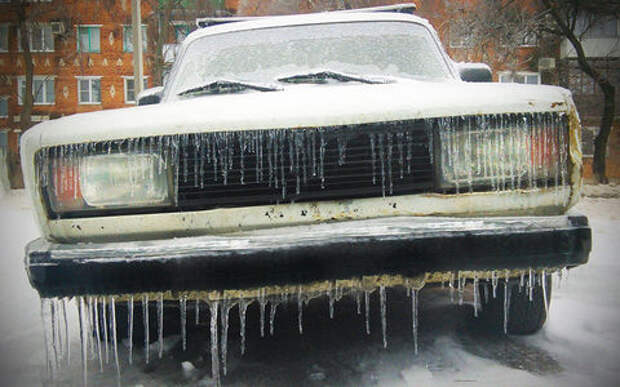 Прошлая зима ничему не научила: 8 ошибок водителей при заморозках