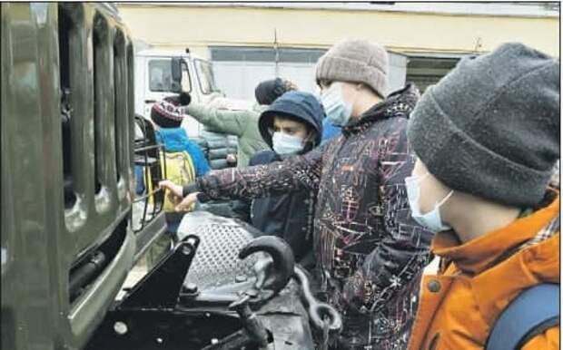 Росгвардейцы провели день открытых дверей в Щукине
