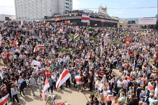 Феномен белорусского народа должен быть изучен.