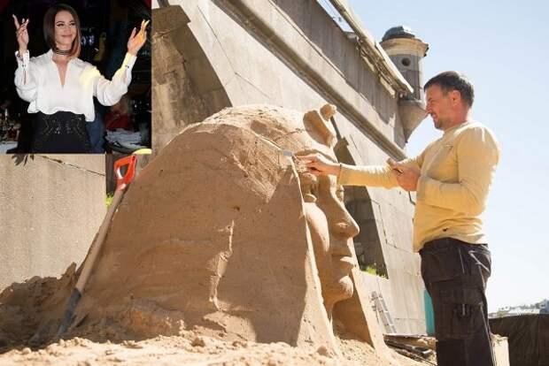 У стен Петропавловской крепости вывалили голову Бузовой (ФОТО)