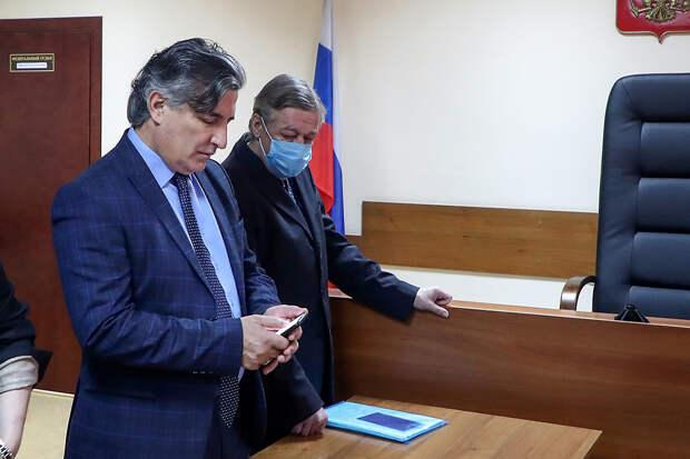 В действиях Пашаева нашли нарушение адвокатской этики