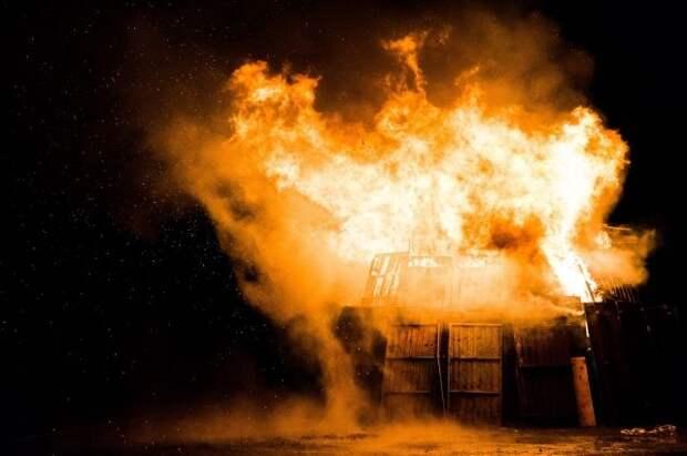 Число погибших при пожаре в больнице в Багдаде увеличилось до 82