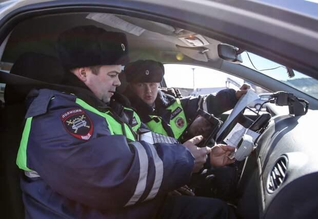 В СВАО за неделю в ДТП пострадали водитель с пассажиром и два пешехода
