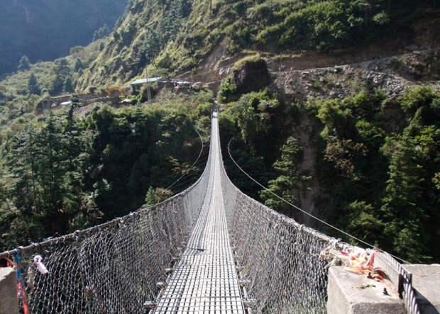 Головокружительные подвесные мосты для смелых