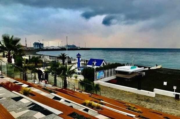 В Сочи готовятся открыть первые пляжи для отдыхающих с 1 мая