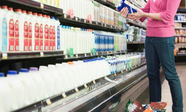 Ученые назвали главные опасности обезжиренного молока