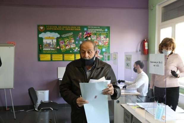 «Главное, чтобы люди ничего не перепутали». «Тот самый» Вишневский проголосовал на выборах