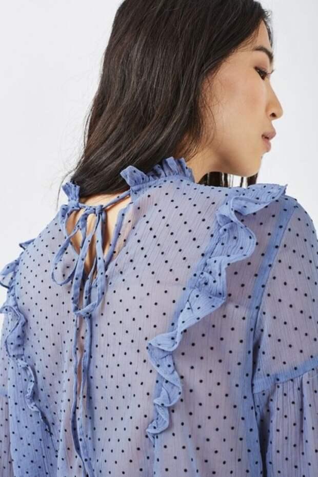 Блузы с воланами: идеи для вдохновения