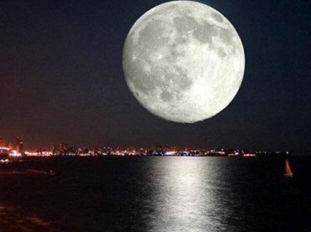 Луна провоцирует конец света