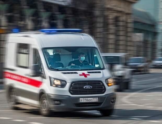 На Урале больной с коронавирусом ранил полицейского при госпитализации