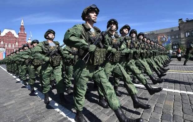 «Русские в полной боеготовности»: сразу несколько западных СМИ оценили армию РФ
