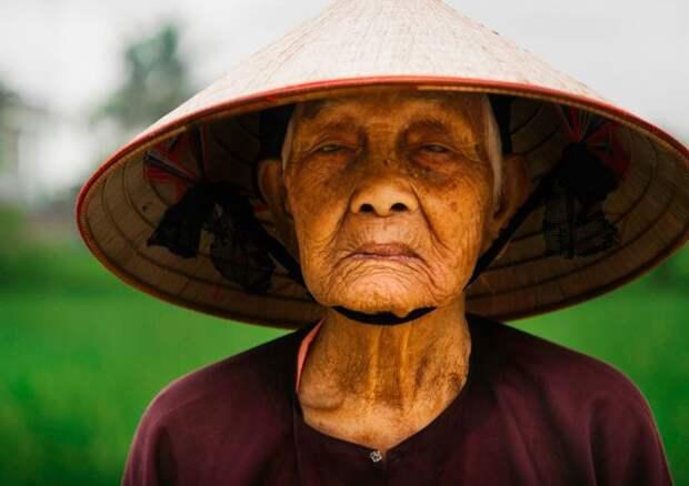Жительница Азии