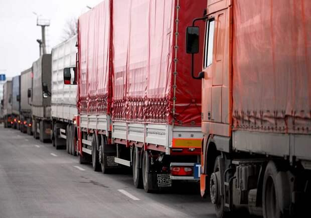 От пшеницы до туалетной бумаги - Киев ввел запрет на поставки продукции из России