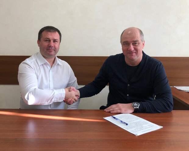 На пост главного тренера футбольной команды «Зенит-Ижевск» назначили Вадима Хафизова
