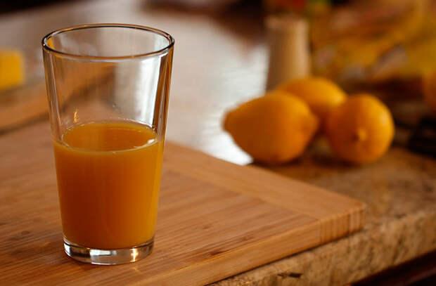 9 продуктов только разжигающих аппетит: сок и соленые закуски