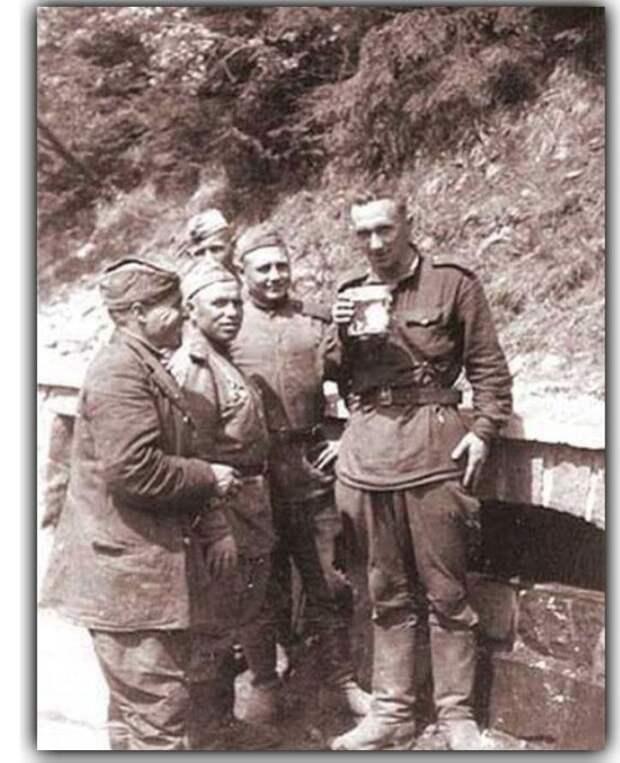Герой войны, ставший известным актером (8 фото + текст)