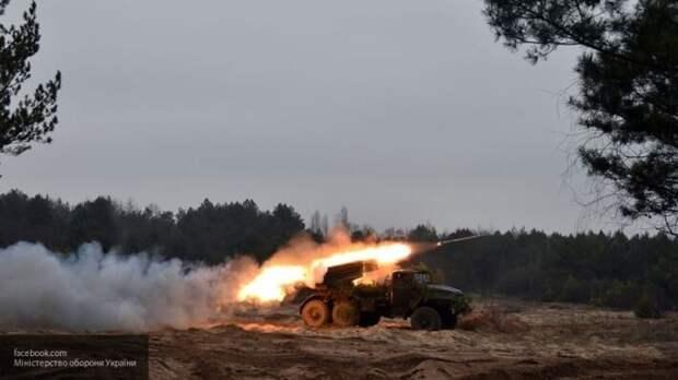 Окраины Донецка под обстрелом: есть раненые среди мирного населения