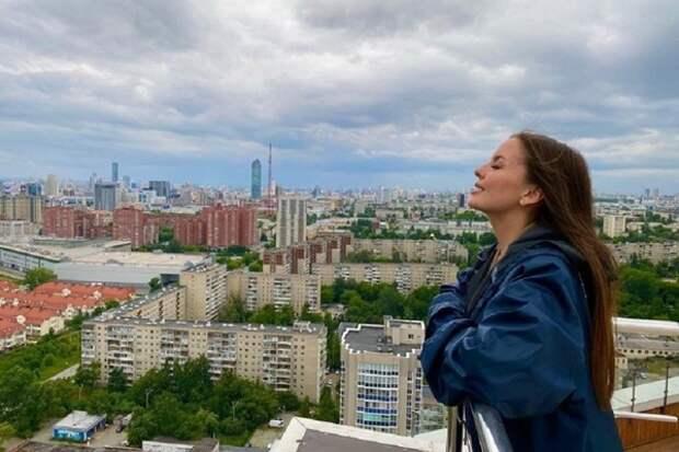 Жена биатлониста Антона Шипулина лечится от Covid в Сочи, этим и объяснила грубый ответ в Сети